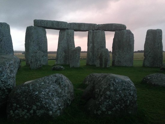 salisbury and stonehenge guided tours
