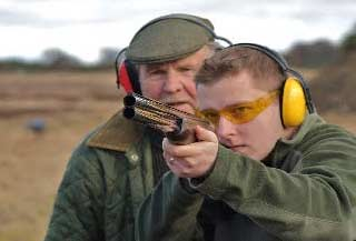 beginners guide to clay pigeon shooting