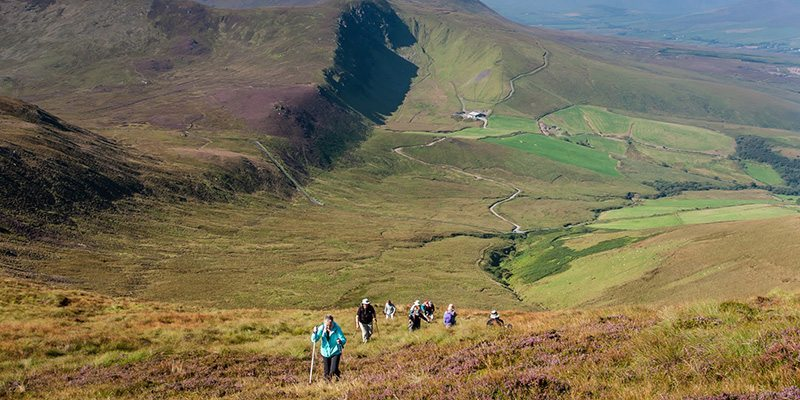 guided walking tours of ireland