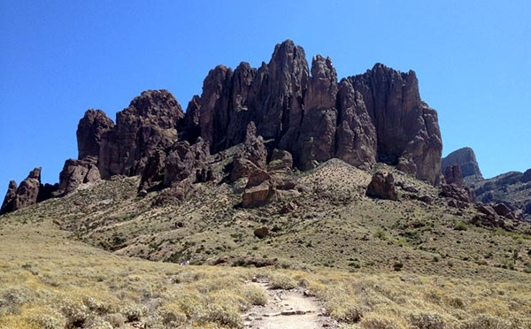legend of the superstition mountains episode guide