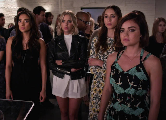 pretty little liars a liars guide to rosewood full episode